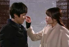 Haesuk knows Taepyeong and Ugyeong are seeing each...