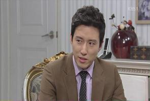 Haesuk tells Taepyeong she's his biological moth...